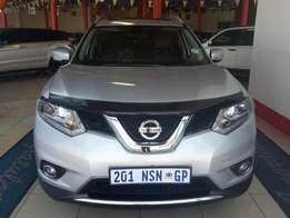 Awesome 2015 Nissan X-Trail 1.6DCi LE 4x4 Panoramic Sun Roof