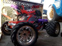Nitro car for sale with lots of extras