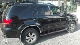 toyota fortuner 2006 local 2700cc petrol automatic leather 7seater