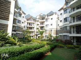 A spacious 3bd all ensuite sq 2nd floor to let in lavington