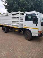 Nissan UD 40 4 ton truck For Sale