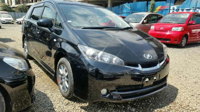 Clean newshape Toyota wish choice of 2010model.buy on hire-purchase Lavington - image 5
