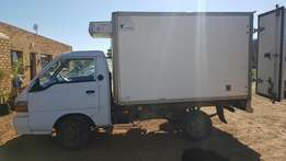 1997 Hyundai H100 Bakkie diesel with insulated box