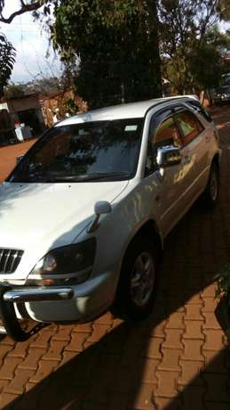 Toyota Harrier UAP 302 E .at 16M negotiable Kampala - image 4