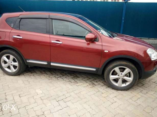 Red Nissan dualis New number Mombasa Island - image 1