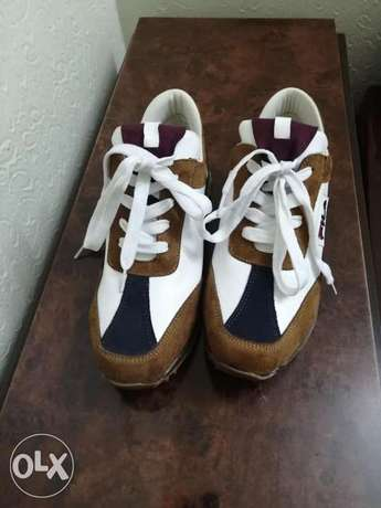 Shoes for sale only for 55 alf lira