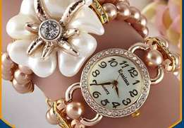 Pearls flower watches