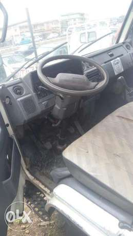 Toyota Dyna 150 six tyre for sale Osogbo - image 6