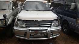 Land cruiser Prado on sale