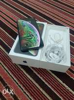 IPhone XS Max 256 with box and all accessories original