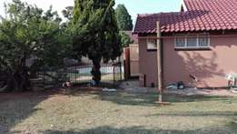 3 bedroom full house house to rent in kenilworth 9000