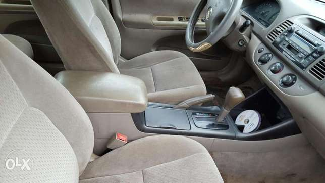 Toyota camry Agege - image 5