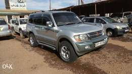 Very clean Mitsubishi Pajero 2000 model