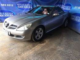 2006 Mercedes-Benz SLK 200 Kompressor R139,900.00 Ref(RT017)