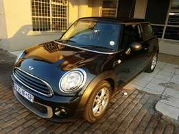 2011 mini cooper R56 with aircon powersteering cd electric windows