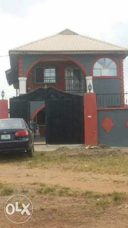 2 Units of 3 Bedroom Flat at Ile-tuntun Jericho Extension Ibadan North West - image 1