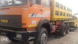tokunbo iveco tipper 10 tyres