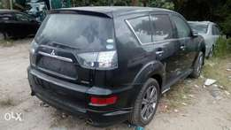 Outlander Roadest, 2.0cc (Petrol) Year 2010