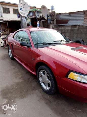 Super Clean Ford Mustang for Quick Sale Moudi - image 4
