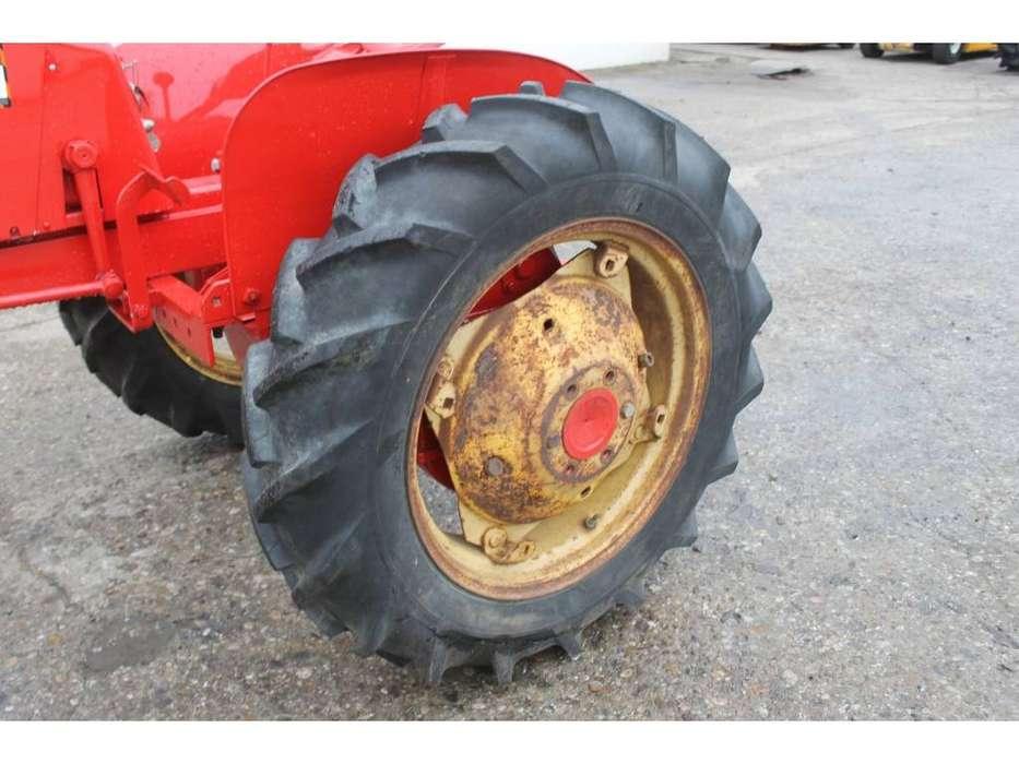 Massey Harris  Pony Benzine Tractor - 1955 - image 10