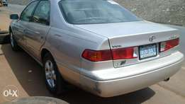 clean 2001 Toyota camry 2.2