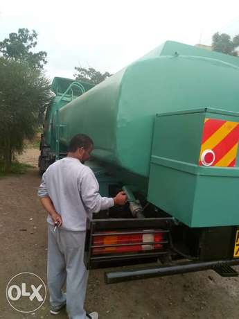 Clean water delivery within Nairobi from 6000 Starehe - image 1