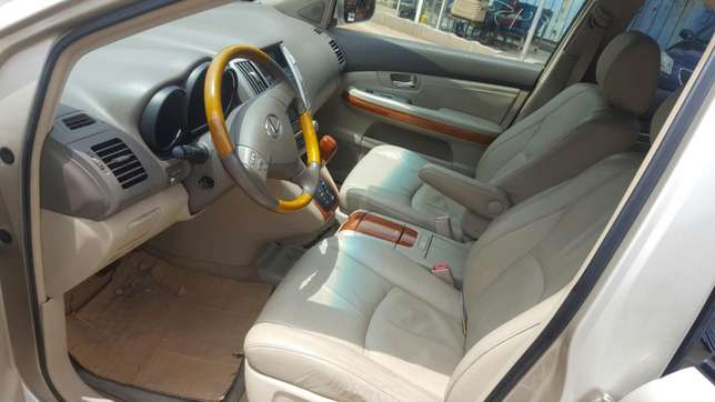 Lexus RX 330 Direct Tokumbo (fully paid duty) Makurdi - image 5