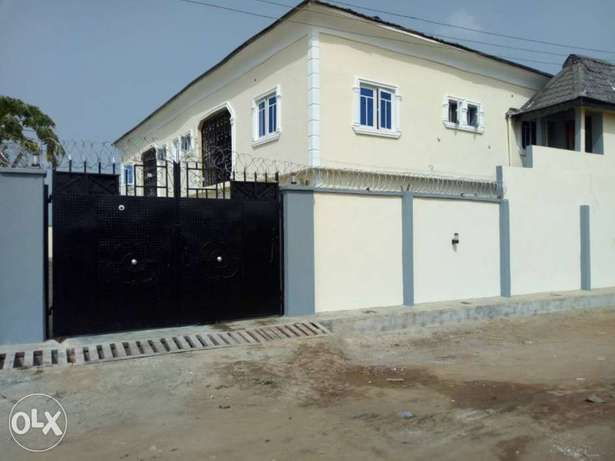 Newly Built Luxury 2 Bedroom, Mowe Lagos Mainland - image 3