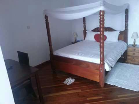 3bedrooms to let in riara road behind nakurmatt junction 75k Ngando - image 5