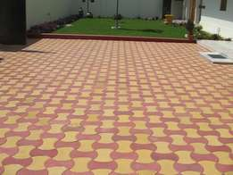 Elegant mulitcolour paving blocks