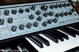Moog Sub Phatty Analog Synth