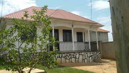 3 bedroom house for sale kira isasa at 170m