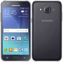 Samsung J5 for sale.