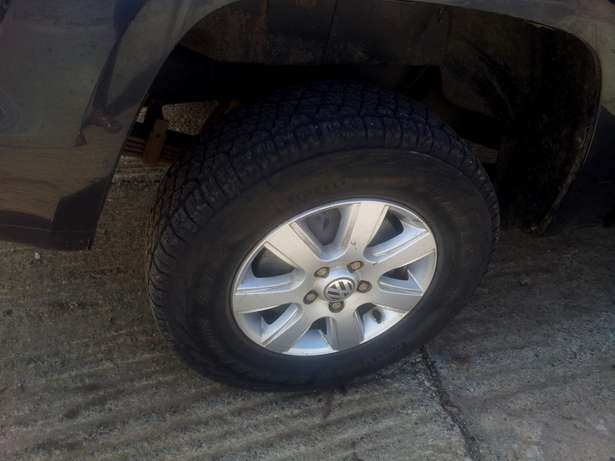 A corporate well maintained Volkwagen Amarok, Double Cabin Pick up Westlands - image 5