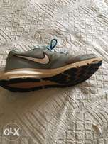 Nike running shoes; Downshifter 6