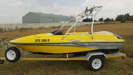 Sugar Sand Jet Boat with Mercury 200hp Optimax motor.