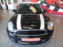 2010 Mini Cooper S-low mileage for sale-63000km