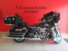Electra Glide Ultra Classic with Loads of Extras!