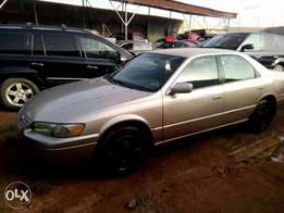 Reg Camry tinylite gold in a very good condition