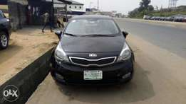 Very clean kia Rio for sell