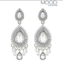 droplet teardrop earring