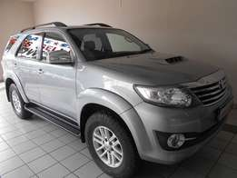 2015 Toyota Fortuner 3.0D-4D 4X4 A/T 60000km R424995
