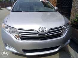 Clean Toyota venza full option thumbstart 2012 accident free