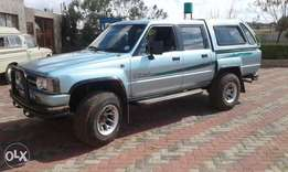 Toyota Hilux 22R Double cab