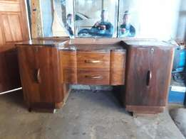 Kiaat Dressing table with pedestal and 2 single beds