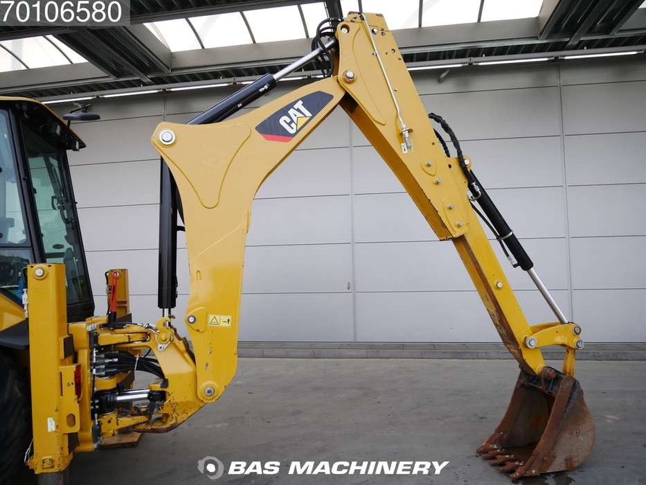 Caterpillar 428F2 Nice Clean Machine / AC - 2015 - image 6