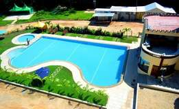 Modern spacious 4 bedroom Apartment with swimming pool