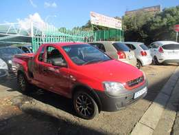 2011 chevrolet corsa utility red color 1.4 for sale