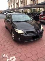 Super clean bought brand new 2012 Toyota Corolla