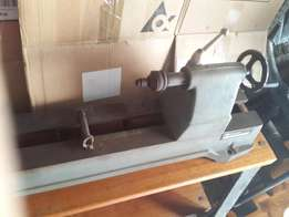 Rockwell Lathe in excellent condition and all original with cast iron